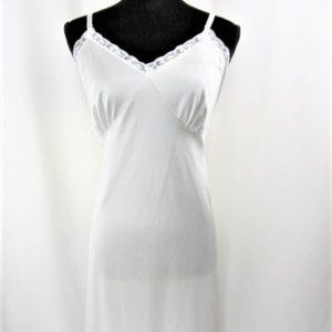 Vintage Pin up Style Dress Slip by Slip Perfection